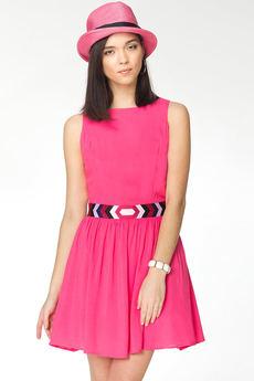 Летнее платье с вышитым поясом и вырезами на спине VIAGGIO